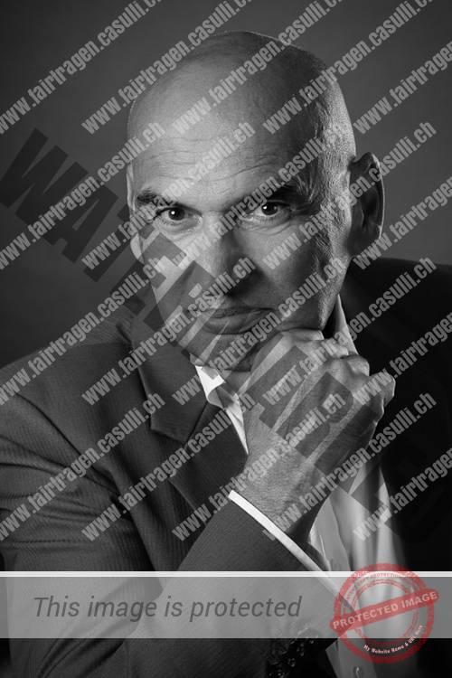 Dr. Dieter Ackermann